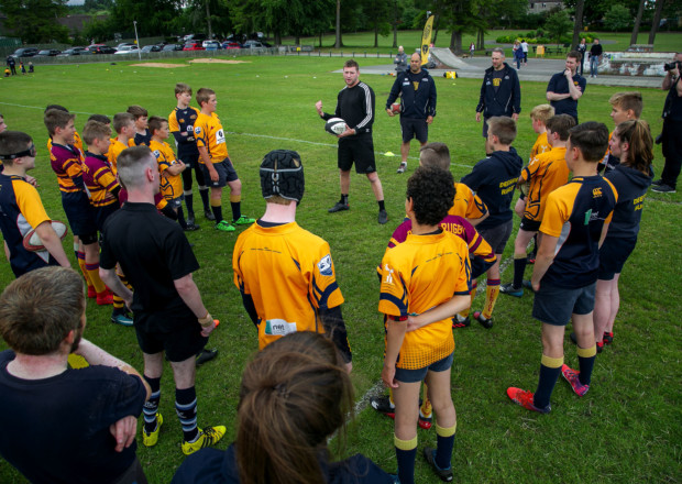 IYSF invites Finn Russell to hold a 